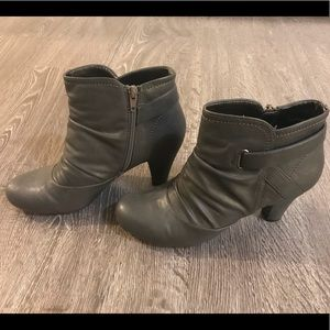 Gray Slouch Booties *Near New Condition*